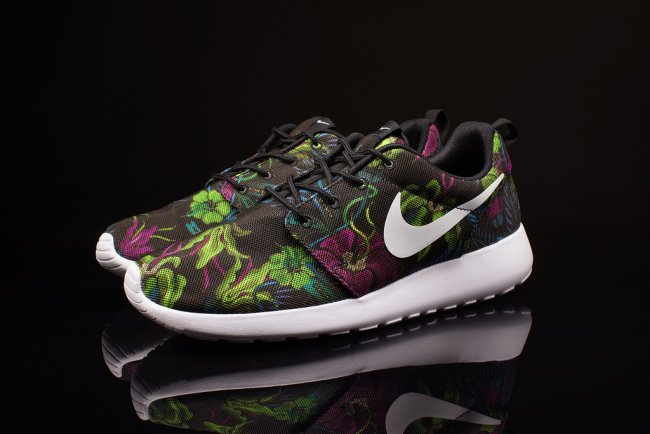 Roshe Style Nike Clearance Store